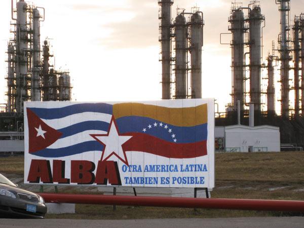 Venezuela recortó envió de petróleo a Cuba