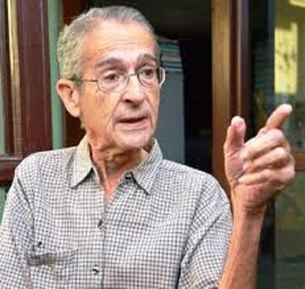 Ambrosio Fornet (Escritor, ensayista y editor). Foto tomada del portal Cubarte