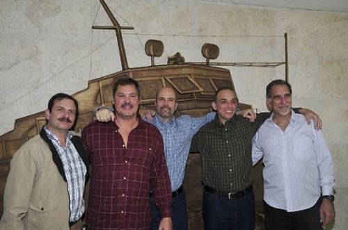 Fernando González, Ramón Labañino, Gerardo Hernández, Antonio Guerrero y René González. Héroes de la República de Cuba. Foto tomada de Cubadebate.