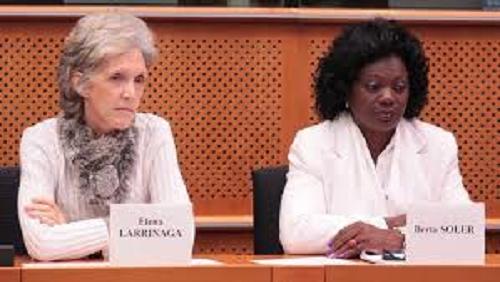 Elena Larrinaga receptora de los 75000 dólares suministrados por la NED y Berta Soler que apoya el criminal Bloqueo contra Cuba.
